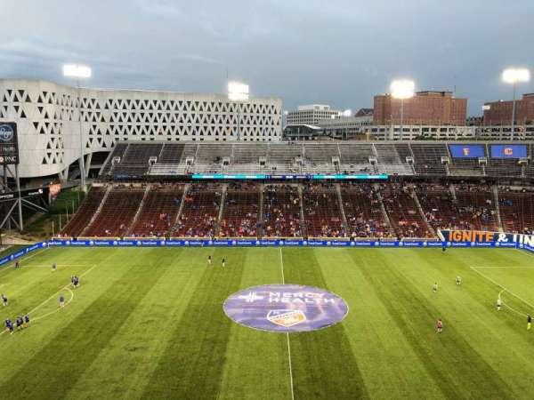 Nippert Stadium, secção: 357, fila: B, lugar: 1