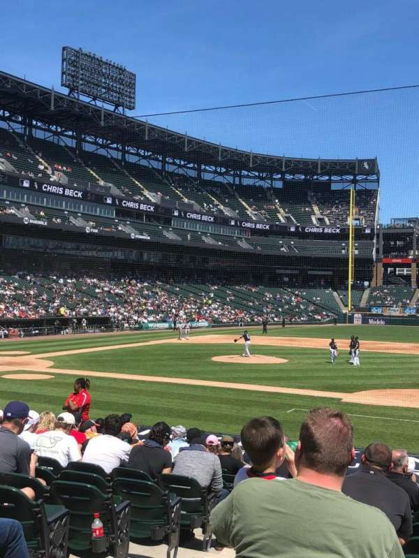 Guaranteed Rate Field, secção: 123, fila: 17, lugar: 9