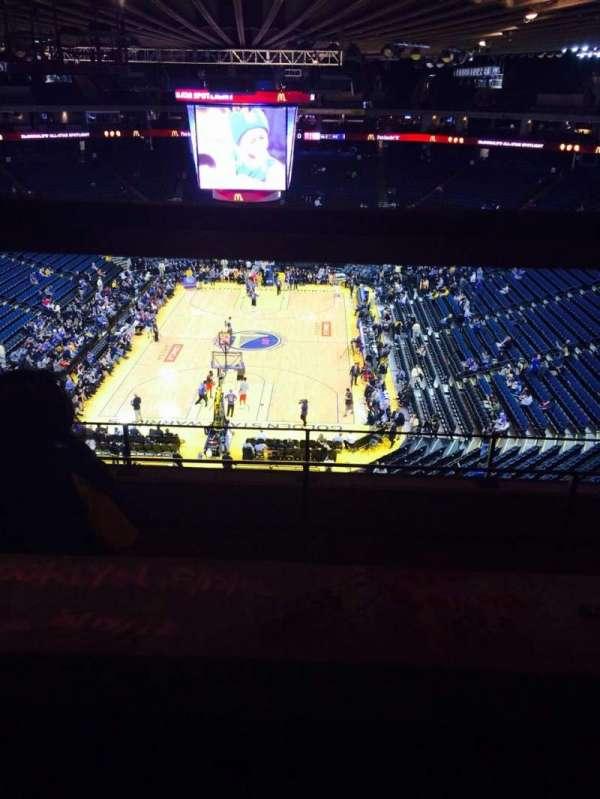 Oakland Arena, secção: 208, fila: 5, lugar: 5