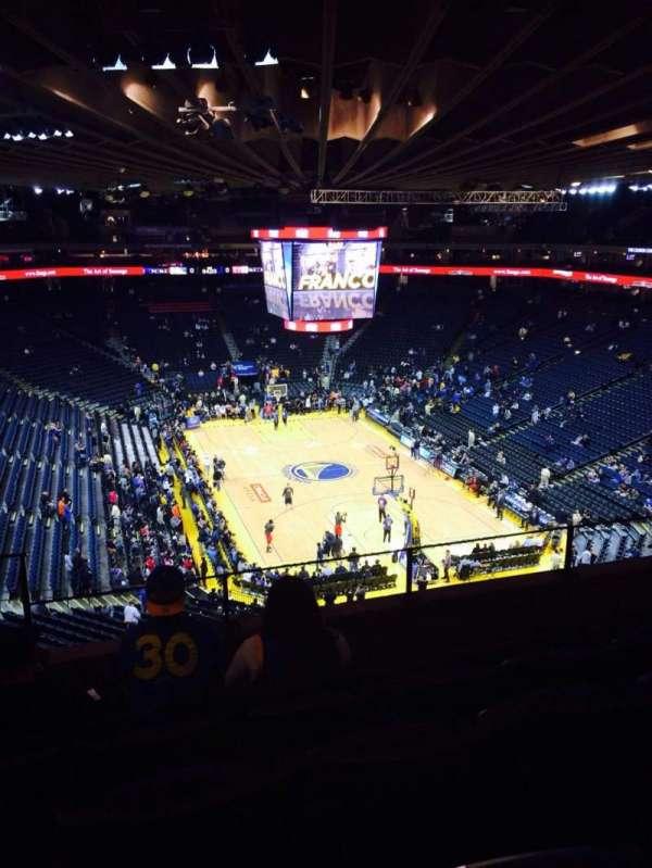 Oakland Arena, secção: 210, fila: 5, lugar: 4