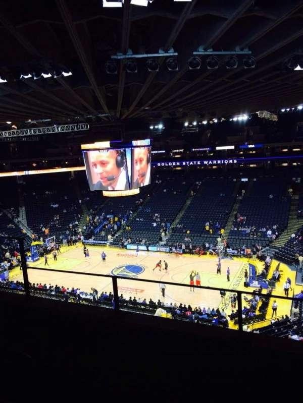 Oakland Arena, secção: 214, fila: 3, lugar: 6