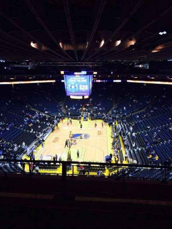 Oakland Arena, secção: 224, fila: 2, lugar: 4