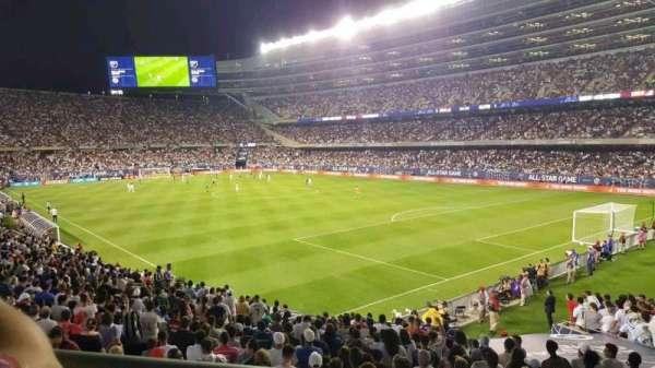 Soldier Field, secção: 228, fila: 1, lugar: 2