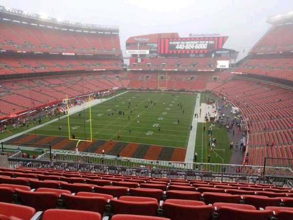 FirstEnergy Stadium, secção: 349, fila: 15, lugar: 15