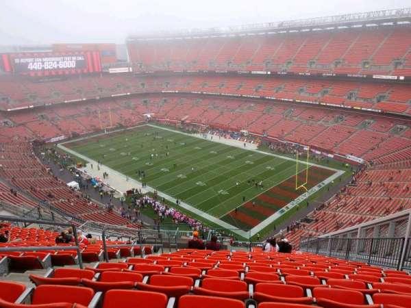 FirstEnergy Stadium, secção: 516, fila: 22, lugar: 5