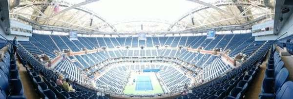Arthur Ashe Stadium, secção: 301, fila: M, lugar: 7
