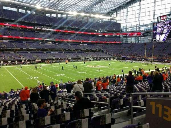 U.S. Bank Stadium, secção: 113, fila: 22, lugar: 4