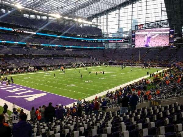 U.S. Bank Stadium, secção: 114, fila: 19, lugar: 22