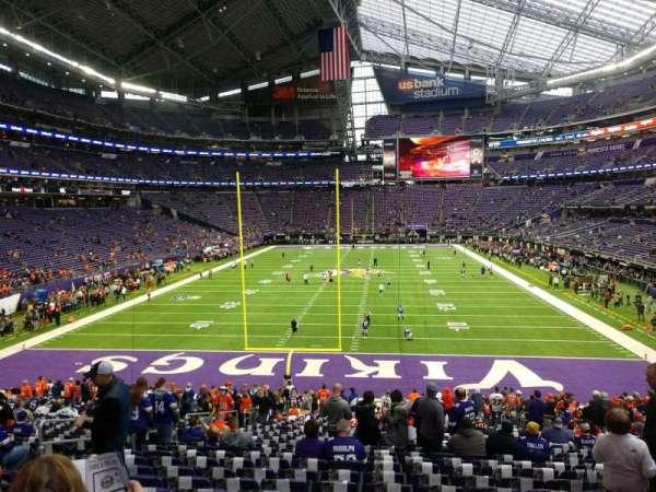 U.S. Bank Stadium, secção: 141, fila: 26, lugar: 12