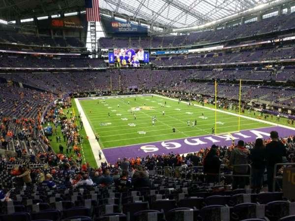 U.S. Bank Stadium, secção: 101, fila: 37, lugar: 7