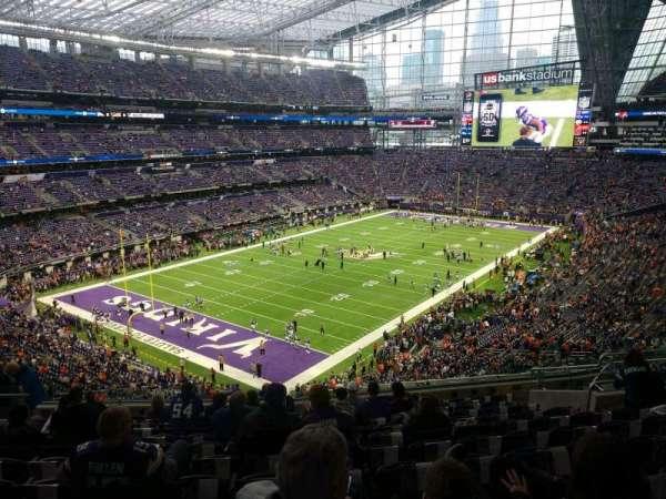 U.S. Bank Stadium, secção: 219, fila: 12, lugar: 12