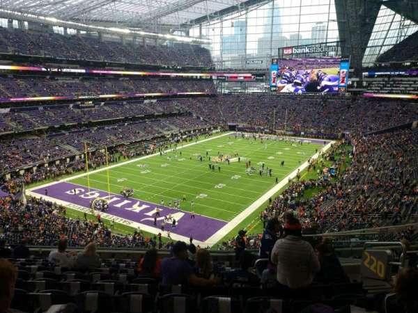 U.S. Bank Stadium, secção: 220, fila: 11, lugar: 6