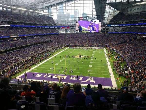 U.S. Bank Stadium, secção: 222, fila: 10, lugar: 13