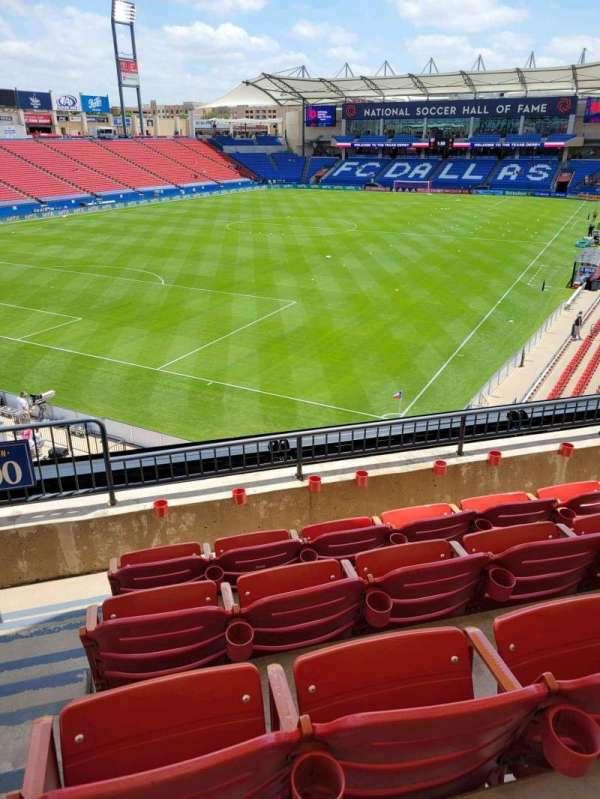 Toyota Stadium, secção: 100, fila: 4, lugar: 4