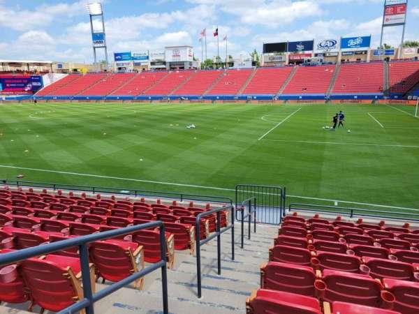 Toyota Stadium, secção: 110, fila: 10, lugar: 1