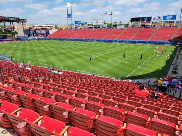 Toyota Stadium, secção: 111, fila: 24, lugar: 11