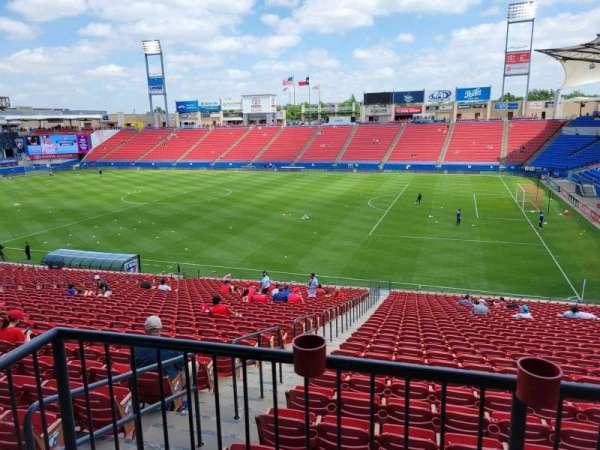 Toyota Stadium, secção: 110, fila: 31, lugar: 2