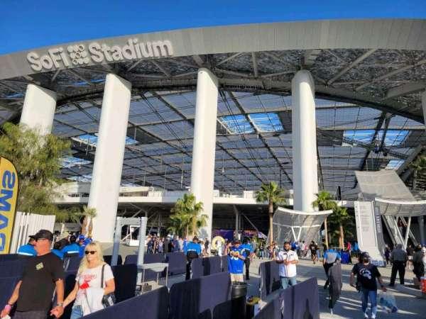 SoFi Stadium, secção: entry 4
