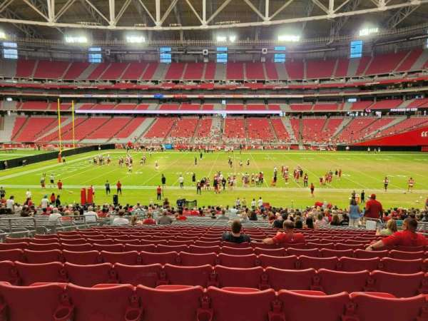 State Farm Stadium, secção: 106, fila: 33, lugar: 10