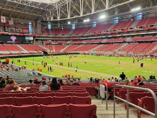State Farm Stadium, secção: 102, fila: 26, lugar: 14
