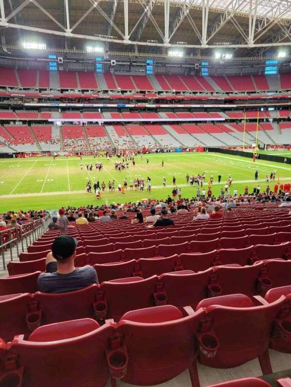 State Farm Stadium, secção: 133, fila: 38, lugar: 17