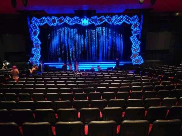 The Mirage Theatre, secção: 102, fila: E, lugar: 13