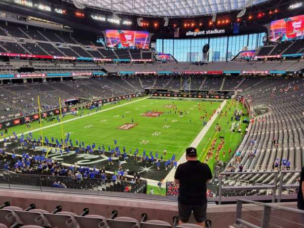 Allegiant Stadium, secção: 222, fila: 5, lugar: 10