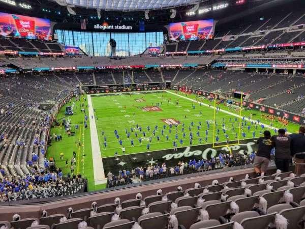 Allegiant Stadium, secção: 227, fila: 7, lugar: 10