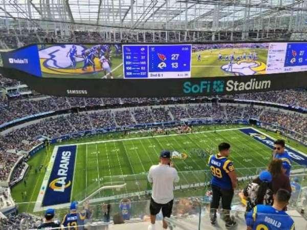 SoFi Stadium, secção: 537, fila: 7, lugar: 5