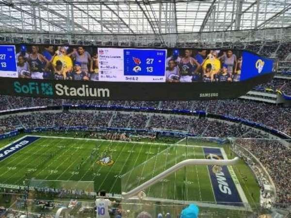 SoFi Stadium, secção: 542, fila: 4, lugar: 1