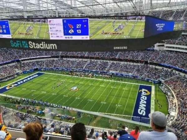 SoFi Stadium, secção: 544, fila: 3, lugar: 4