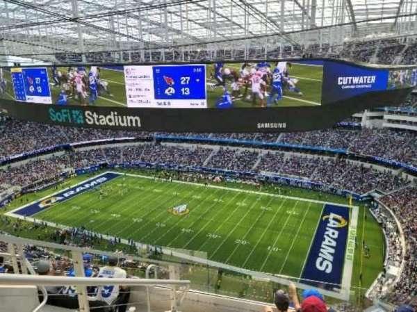 SoFi Stadium, secção: 545, fila: 6, lugar: 18