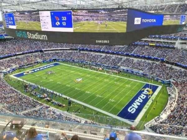 SoFi Stadium, secção: 546, fila: 1, lugar: 1