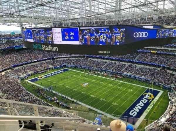 SoFi Stadium, secção: 547, fila: 6, lugar: 14