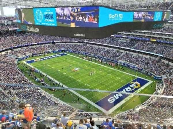 SoFi Stadium, secção: 548, fila: 1, lugar: 1