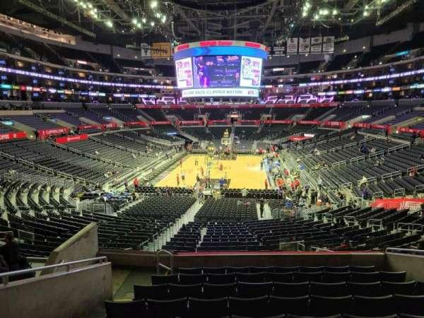 Staples Center, secção: 207, fila: 9, lugar: 13