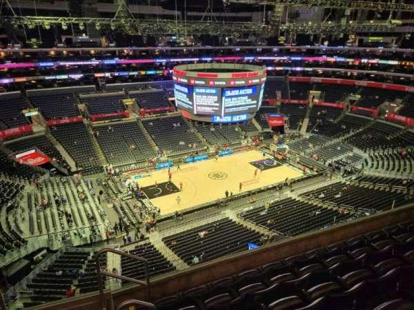 Staples Center, secção: 320, fila: 6, lugar: 18