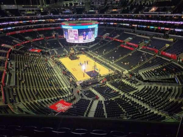 Staples Center, secção: 329, fila: 5, lugar: 5