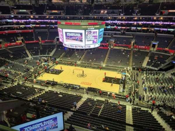 Staples Center, secção: 334, fila: 1, lugar: 2