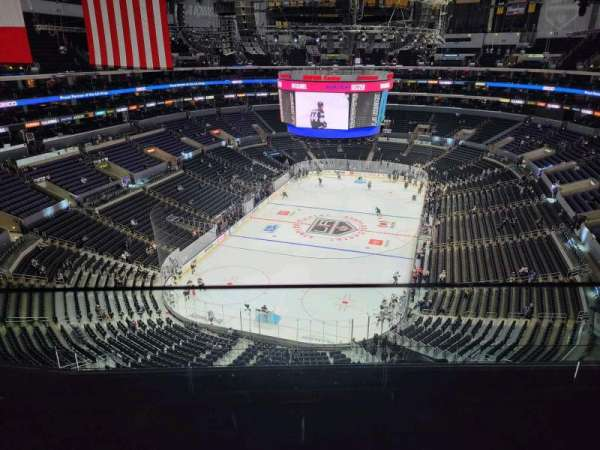 Staples Center, secção: 325, fila: 6, lugar: 14