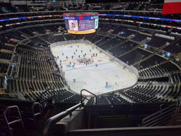 Staples Center, secção: 328, fila: 7, lugar: 25