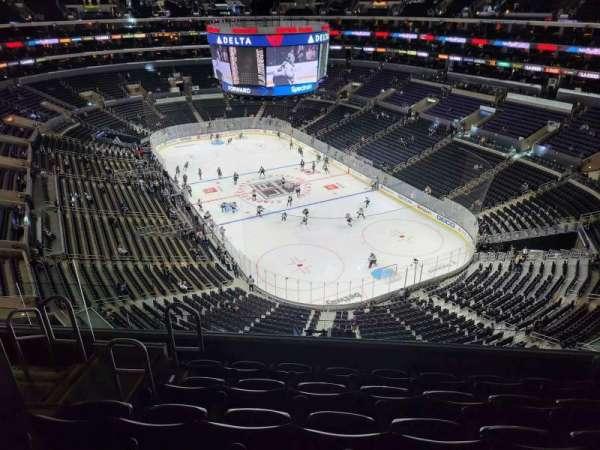Staples Center, secção: 329, fila: 8, lugar: 9