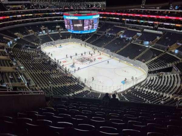 Staples Center, secção: 330, fila: 9, lugar: 9