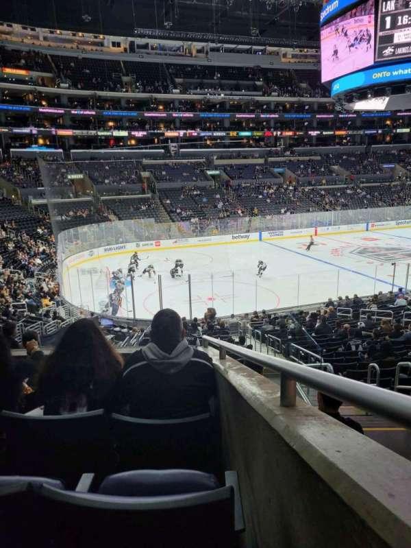 Staples Center, secção: PR8, fila: 5, lugar: 3