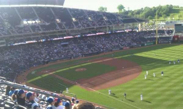Kauffman Stadium, secção: 437, fila: L, lugar: 8