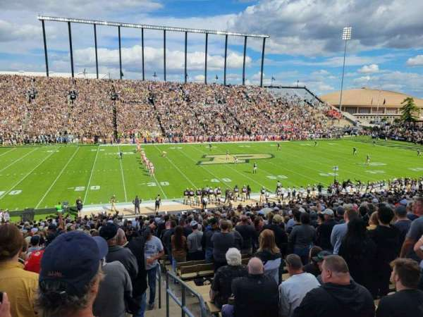 Ross-Ade Stadium, secção: 123, fila: 43, lugar: 1
