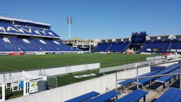 Navy-Marine Corps Memorial Stadium, secção: 6, fila: 5, lugar: bleacher
