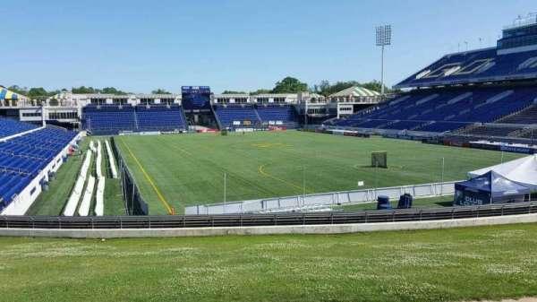 Navy-Marine Corps Memorial Stadium, secção: D, fila: 5, lugar: 12