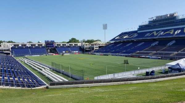 Navy-Marine Corps Memorial Stadium, secção: D, fila: 5, lugar: 35