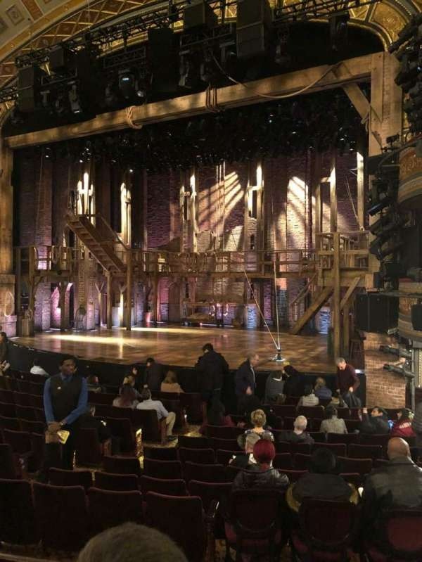 Richard Rodgers Theatre, secção: Orchestra R, fila: N, lugar: 18